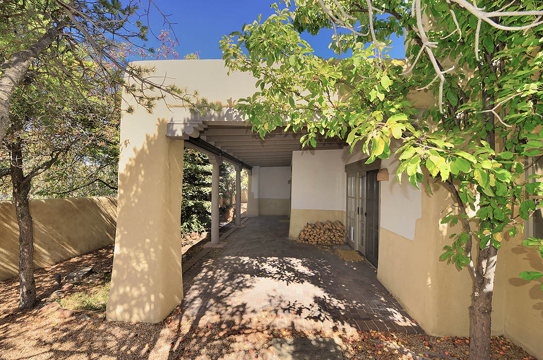 Santa Fe County NM Quail Run home for sale