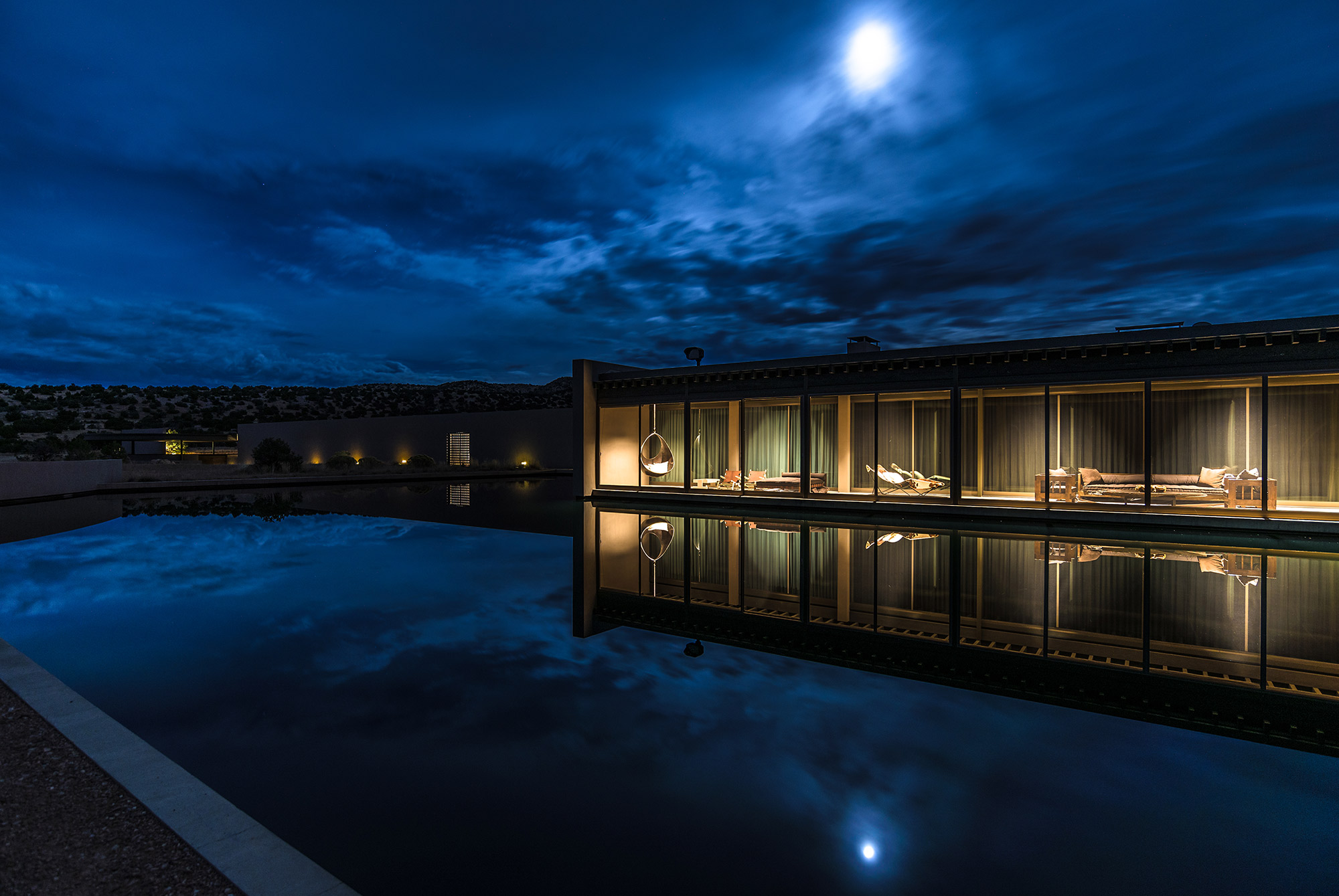 Tom Fords Galisteo Basin Ranch On Market For 75m Local News Beauty Barn Mom Lit Up Water Photo Gallery